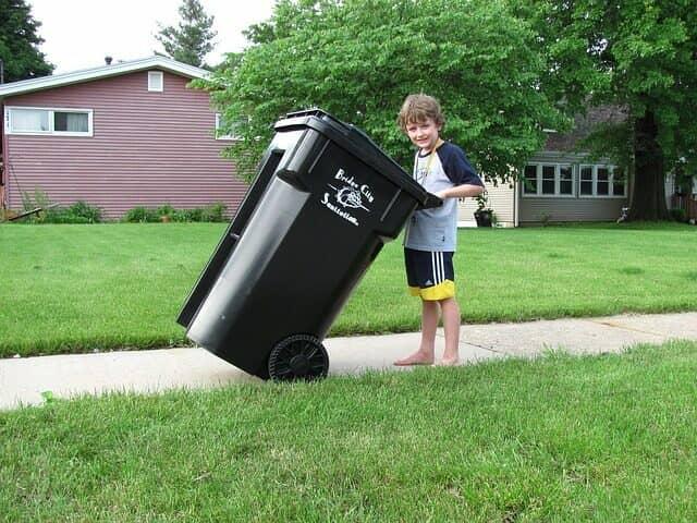屋外ゴミ箱