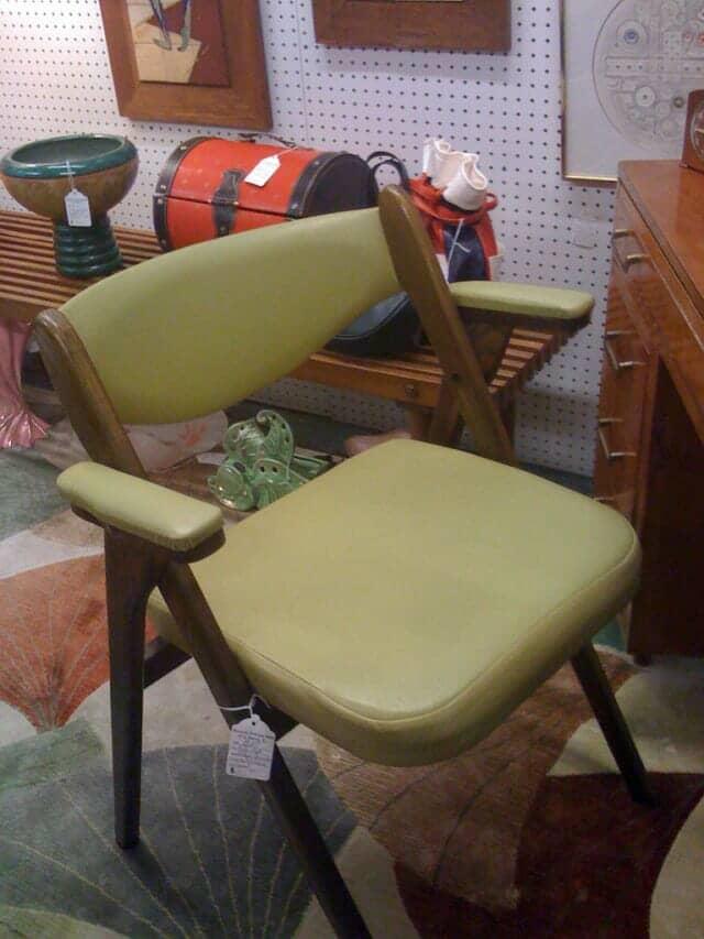 室内用折りたたみ椅子