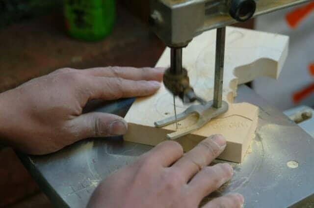 糸鋸盤とは