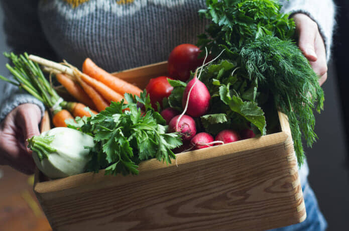 野菜の収納もキャスター付きワゴンで