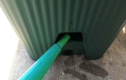 ベランダ、グリーンカーテン、植え付け、底面給水プランター、水入れ