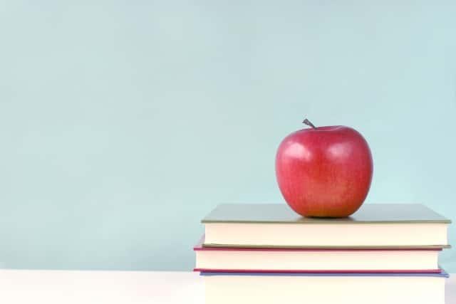 本とりんご