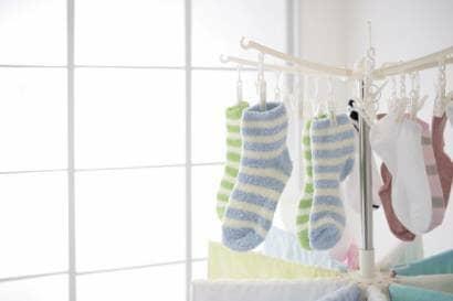 部屋の中の洗濯物