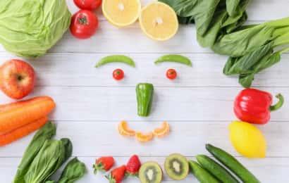野菜でできた顔