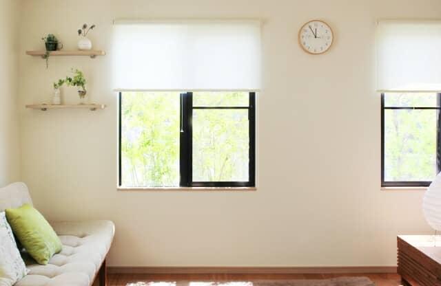 リビングの小窓