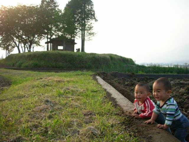 里山と子どもたち