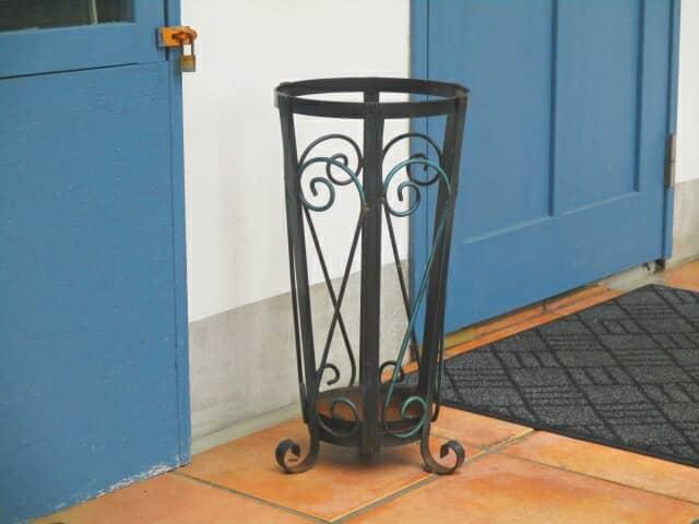 おしゃれな傘立てで、玄関がガラリと変わる!
