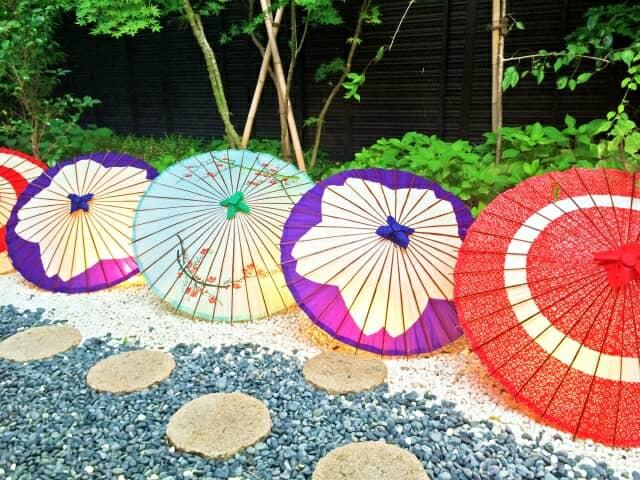 上質な雰囲気を演出|陶器のおしゃれな傘立て