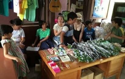 子どもたちが開いたファーマーズマーケット