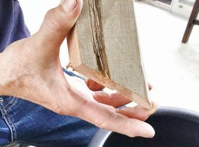 木材の支柱の先端部分