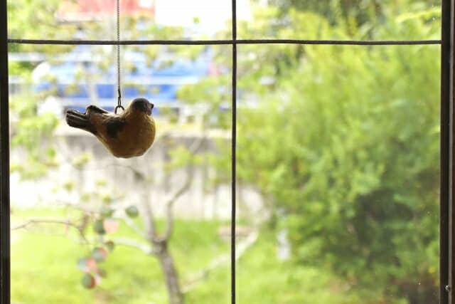 100均の窓ガラス飛散防止フィルムってどうなの?